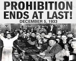 Resultado de imagen de  años 20 ley seca