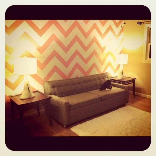 chevron wall: Future Houses, Chevron Walls, Dreams Houses, Colors Bleeding, Black And White, Dramas, Chevron Not, Domestic Fancy,  Day Beds
