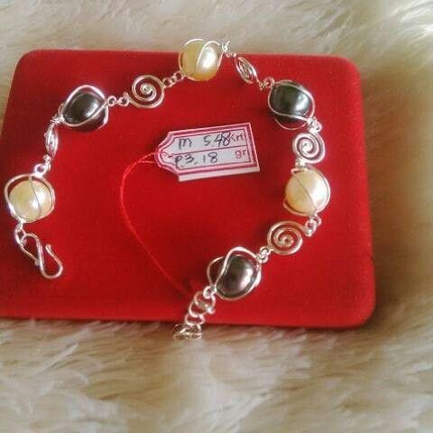 Gelang mutiara lombok Pesan Add Bbm : D6AB777F Sms/ tlp. : As 082337322501/ IM3 085785304765 Wa. : Tri 08990127841 NB: Bila anda ragu jangan membeli dulu. Cek dulu resi dan testnominalnya  #mutiara#mutiaralombok#mutiaralaut#mutiaratawar#fashion#perhiasan#rhodium#elegant#allstyle#wisata#senggigi#oleholehlombok#emas#kadoistimewa#wedding#kalung#liontin#alam#natural#pearl#gold#silver#sekarbela#