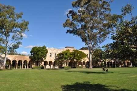"UQ International wins best admissions office award - The University of Queensland's International Admissions team has been named ""best admissions office"" in an international award. Congratulations, UQ!  http://www.ljtbrokerage.com/"