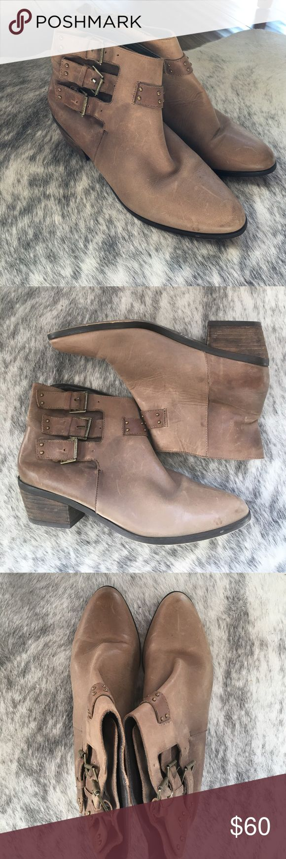 Joie ankle boots Cute leather booties with buckles Joie Shoes Ankle Boots & Booties