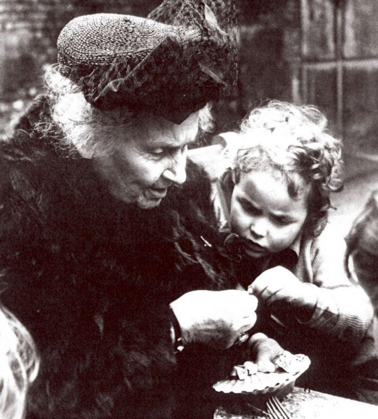 01 Maria Montessori with Children
