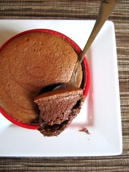 chocolate yogourt souffle   - from my fav http://pinnedrecipes.netDesserts, Yogurt Souffle, Chocolates Yogurt, Food, Healthy, Chocolates Souffle, Nom Nom, Greek Yogurt, Fat Kind