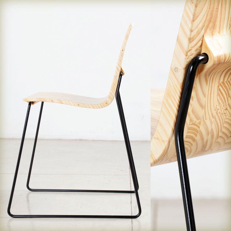 Silla Eme de En Bruto, distinguida con el Sello de Buen Diseño argentino 2014.