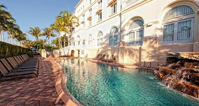 Restaurants Near Bellasera Hotel Naples Fl