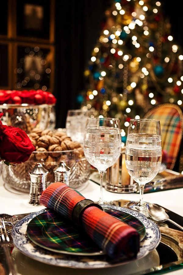 Tartan table...looks suspiciously like Ralph Lauren, but I don't know that for a fact. I don't think the blue and white is his, but the stemware and tartan plate are his.