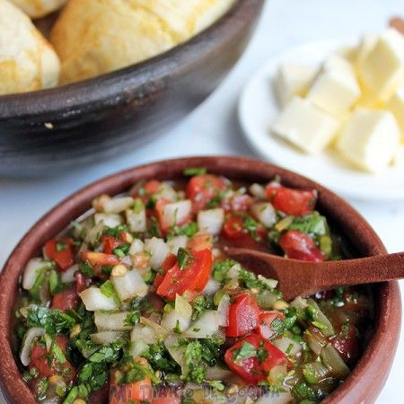 Deliciosas y sencillas croquetas de quinoa, un rico acompañamiento para la hora del almuerzo o cena.