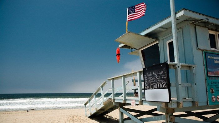 Life guard tower in Los Angeles, USA #KILROY #beach