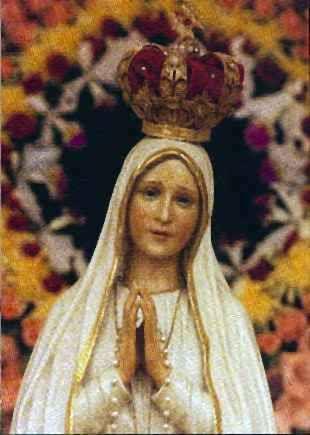 Immacolata Concepita senza peccato originale, Madre di Dio e Onnipotente per Grazia,Regina degli Angeli, Avvocata e Corredentrice del genere umano, ti supplico di non guardare le mie indegnità, ma …