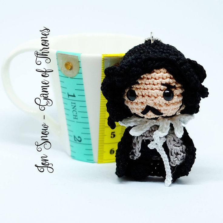 """Jon Snow amigurumi portachiavi bambola uncinetto da """"il Trono di Spade"""" di MrsPoppyAmigurumi su Etsy"""