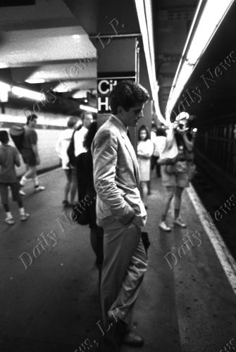 John F. Kennedy Jr. heading to work on his first day as Manhattan assistant district attorney. Copyright 2000 by Daily News LP.