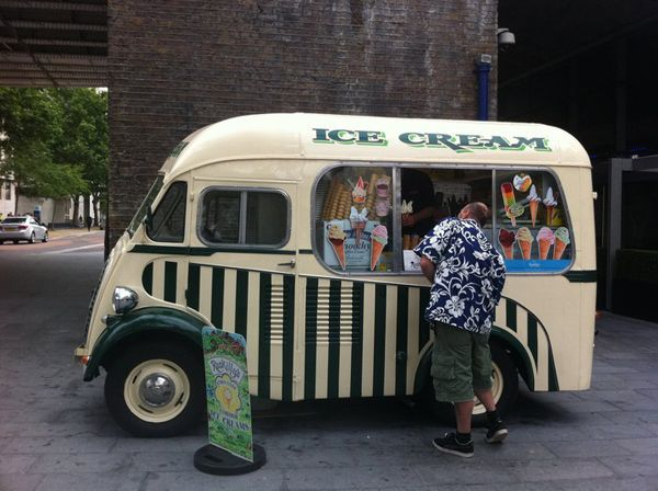 Google Image Result for http://blog.benefitcosmetics.co.uk/files/2011/08/ice-cream-truck_n2.jpg