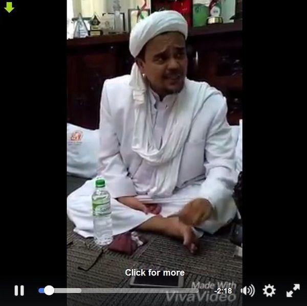 """Habib Rizieq """"SKAK MAT"""" Logika Ngawur """"Lebih Baik Pemimpin Kafir daripada Pemimpin Muslim Korup""""  [portalpiyungan.com] Saat ini dikembangkan kalimat-kalimat dan logika yang menyesatkan misalnya kalimat: """"LEBIH BAIK PEMIMPIN KAFIR ASAL JUJUR DARIPADA PEMIMPIN MUSLIM TAPI KORUP""""  Kalimat-kalimat seperti itu yang sering digembar-gemborkan dan dikampanyekan kalangan islam liberal sangat berbahaya karena mengandung penyesatan dan pembodohan masyarakat. Terkait hal itu Imam Besar Front Pembela…"""