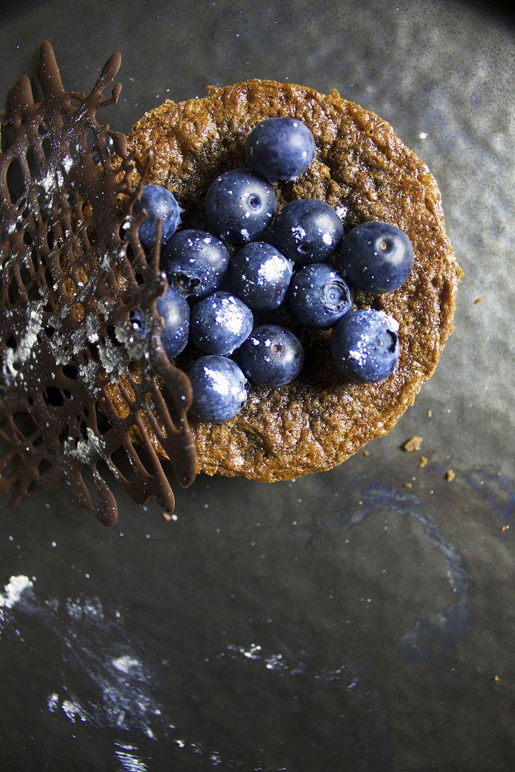 Chokoladetærter med blåbær // Chocolate tart and blueberries