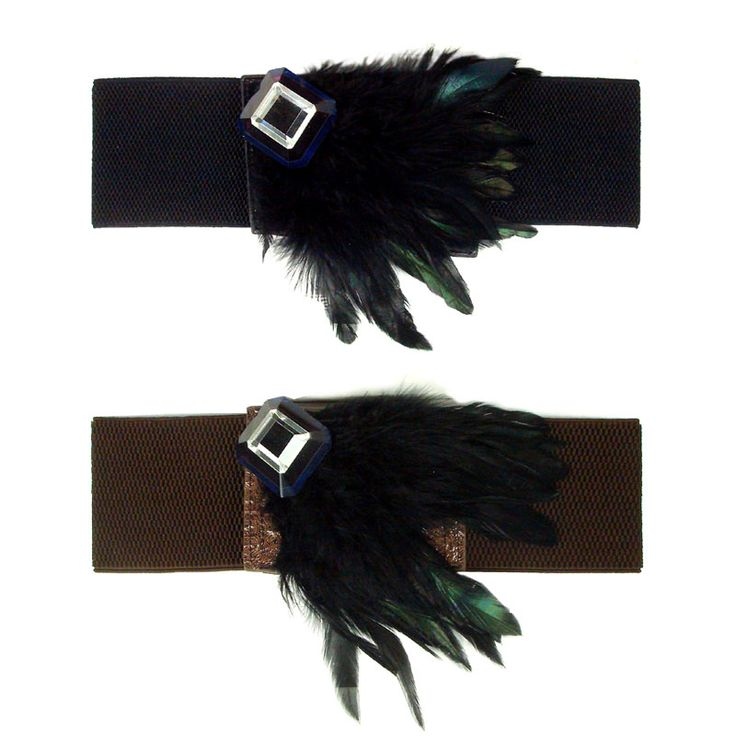 Elasticated belt adorned with stone and fine feathers <br />
