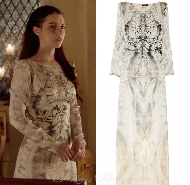 In 1x14, Mary wore this (sold out!) Balmain Silk Printed Gown, which retailed for $5,050.