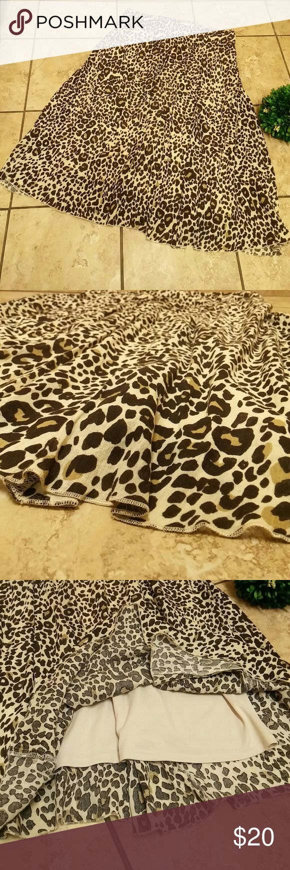 "Cheetah skirt Pretty animal print skirt Nice and flowy material. It is 31.5"" long. Laura Scott Skirts Maxi"