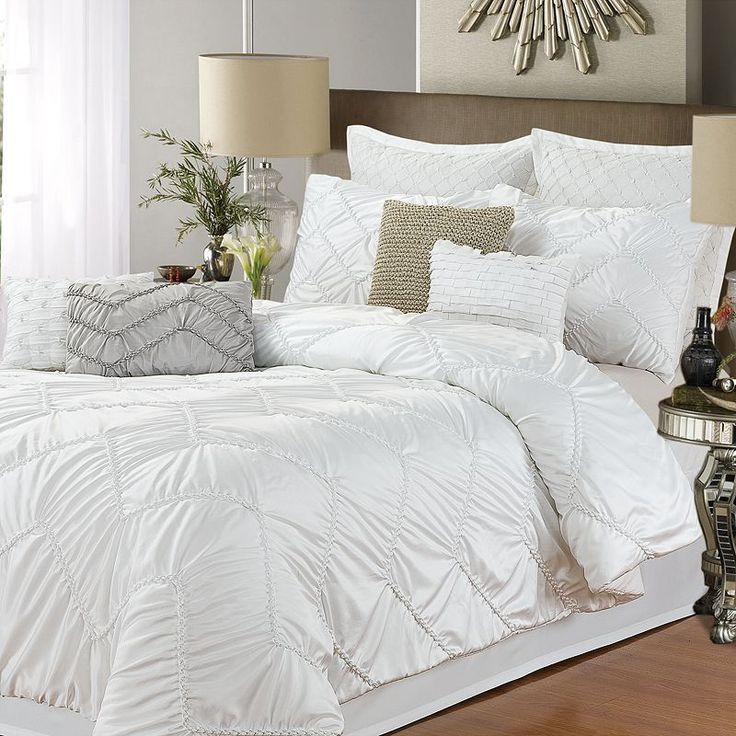 Isabella White 5 Pc. Comforter Set