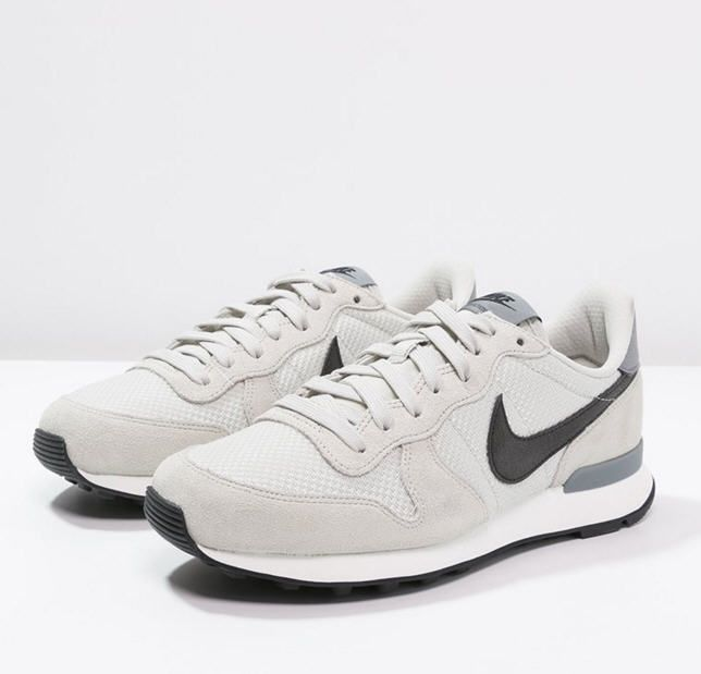 nike internationalist femme blanc