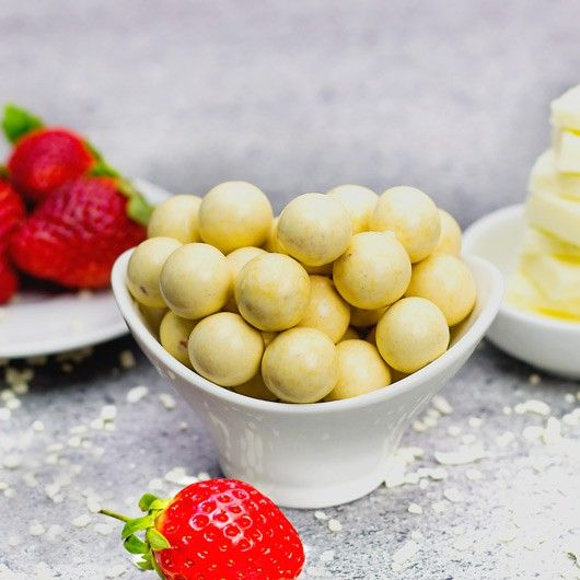White Choc Strawberry Protein Balls - With a whopping 14g of protein per 46g serving, the time has come for you to indulge (guilt free, of course) on our fabulous High Protein White Chocolate Strawberry Balls!
