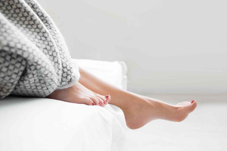 Heb jij ook vaak last van droge voeten of gekloofde hielen? Rep je dan nu meteen naar je keuken en hydrateer ze met dit wondermiddeltje.  Ba...