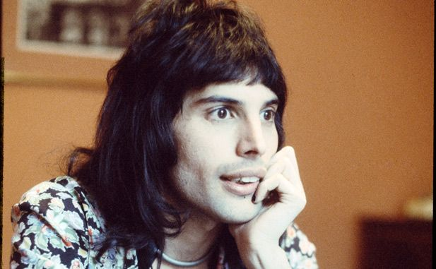 The Thinker: Queen singer-songwriter Freddie Mercury sits, pensively—in a pose reminiscent of Auguste Rodins famous sculpture, The Thinker—while in London, England in 1974. (Photo by Michael Putland/Getty Images.) (Getty Images)