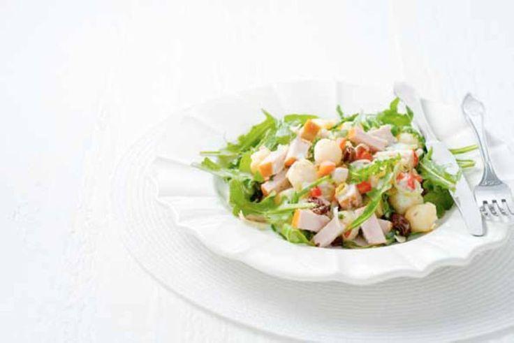 Maaltijdsalade met krieltjes en rauwkost - Recept - Allerhande