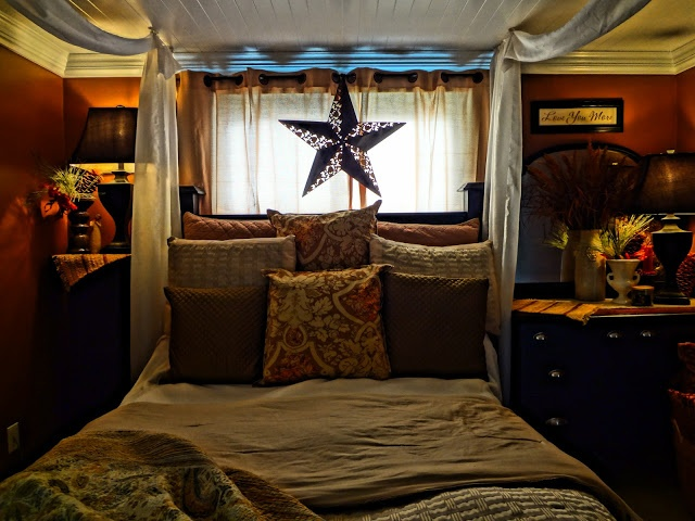 THE PLACE ON PARK: FAUX CANOPY BED