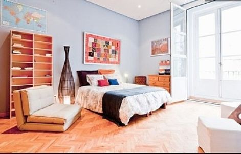 Madrid, Spain Vacation Rental, 1 bed, 2 bath, kitchen with WIFI in Puerta del Sol. Thousands of photos and unbiased customer reviews, Enjoy a great Madrid apartment rental perfect for your next holiday. Book online!
