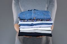 Και ποιος δεν θέλει να έχει ρούχα που μοσχοβολούν! Ειδικά τώρα που αρχίζει να καλοκαιριάζει, το χρειαζόμαστε όσο ποτέ. Γι'αυτό και εμείς είμαστε εδώ για να