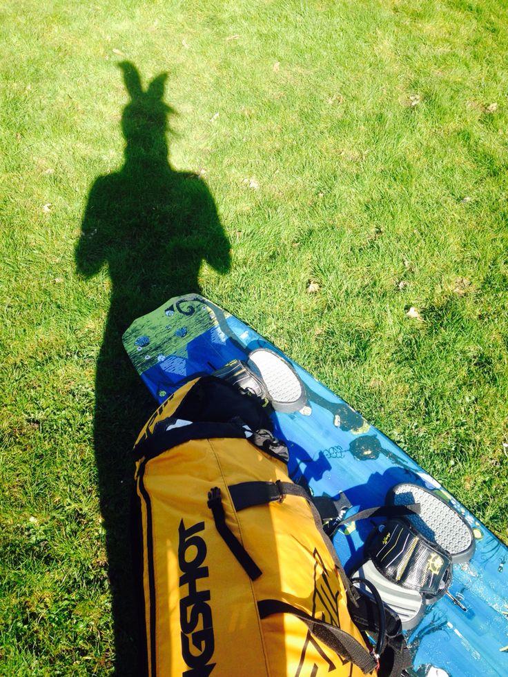 Vrolijk Pasen :) www.enviclinics.nl #kitesurfen #pasen