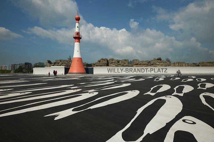 Willy Brandt Platz, Seaside Bremerhaven, Germany. Design: Latz + Partner LandschaftsArchitekten / © Markus Tollhopf