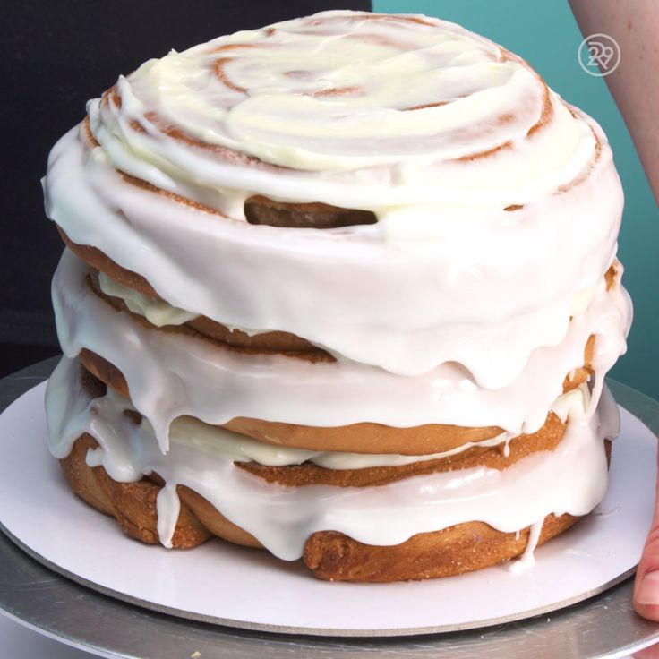 Are you a cinnamon roll lover? How does a three layer cinnamon roll cake sound? Enjoy!