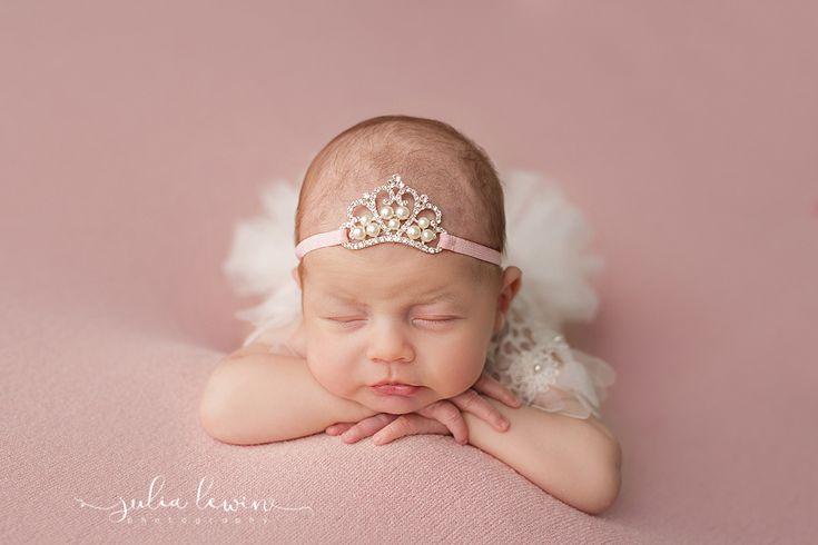 """Ein wunderschönes Haarband """" Krone """" für Baby,- Kind,- Fotoshooting.  Kopfumfang: ca. 36-42cm"""