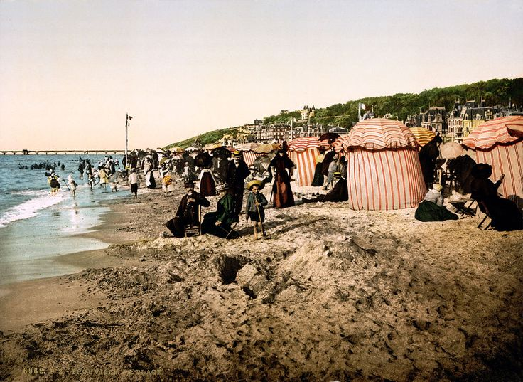 Trouville beach at bathing time. More history here http://www.normandythenandnow.com/take-me-to-trouville-2/