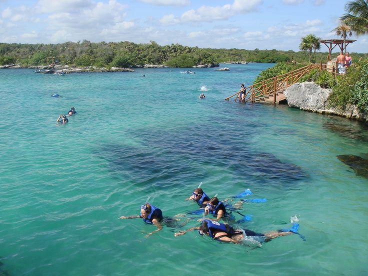 Víziparadicsom Mexikóban - Cancuntól, a Yucatan-félsziget népszerű üdülővárosától nem messze délre található Xel-Ha. Ez egy természetes környezetben kialakított vízi-vidámpark. Egy tengeröblöt zártak le, de a víz szabadon áramolhat az Atlanti-óceán felé. Olvass tovább: http://www.stylemagazin.hu/hir/viziparadicsom-mexikoban/1203/