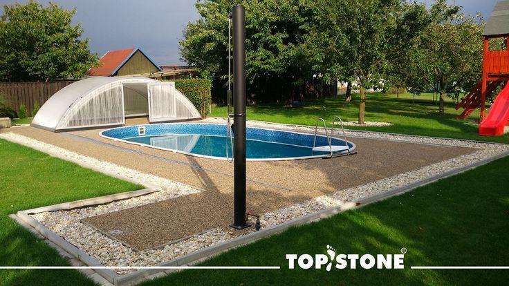 Děkujeme za krásné fotografie z realizace na Opavsku, realizován byl okolo bazénu říční kamínek TopStone Korfu. Krásná práce, gratulujeme a přejeme pohodové užívání :) 🏊♂️🏊♀️🛀🚣♂️🚣♀️👌👍💥💦🐳 https://eshop.topstone.cz/kamenny-koberec-korfu-exterier.html #topstone #kamennýkoberec #okolíbazénu #exteriér #vodopropustnýpovrch #povrchbezespár #reference