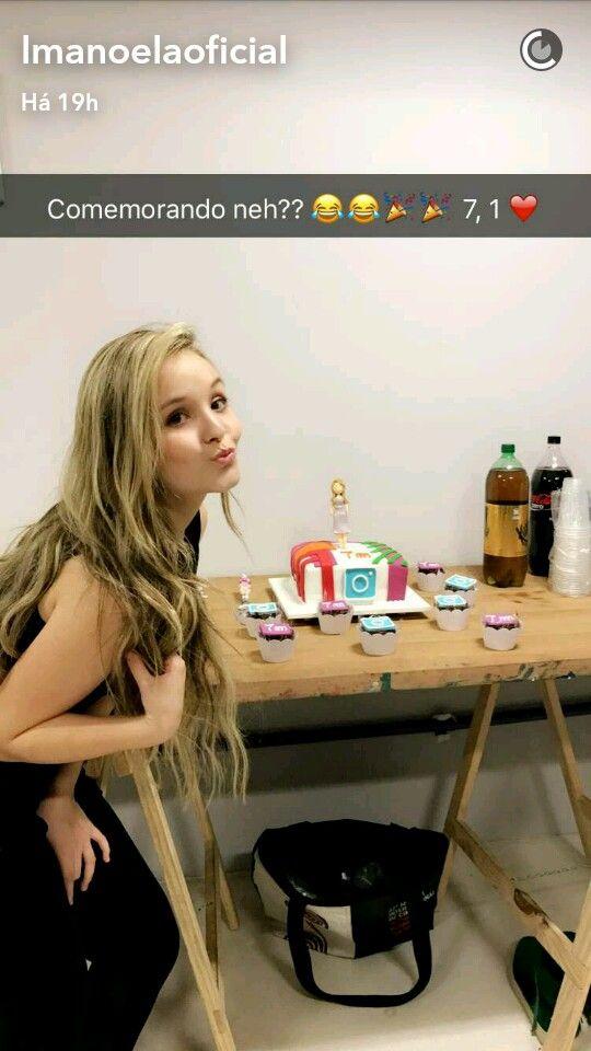 Larissa Manoela ganha festa em comemoração aos 7M no seu Instagram