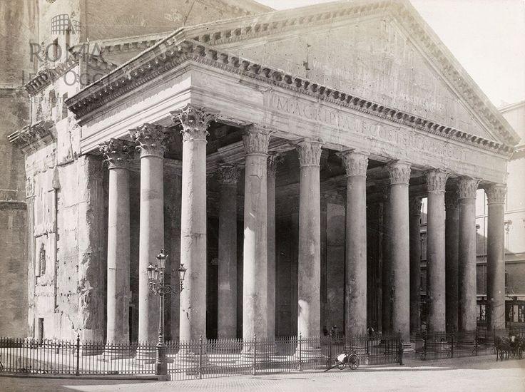 Piazza della Rotonda (1890)  Solo un carretto di fronte al Pantheon