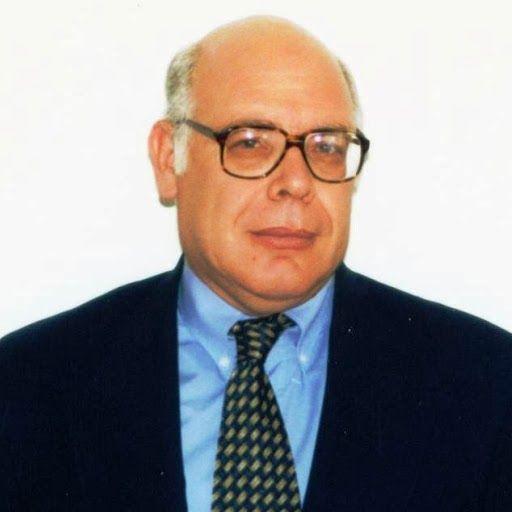 elpidanews: Ο λούζερ των Αχαρνών
