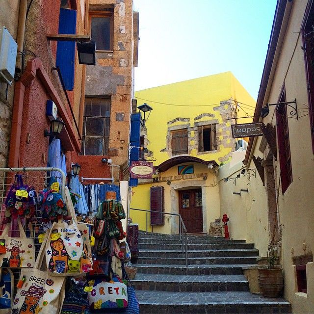 Get lost in #OldTown of #Chania #Colors #Spring Photo credits: @csamli