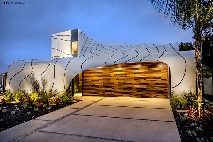 Offered at $6.5 million dollars this incredible new family residence, the Wave…
