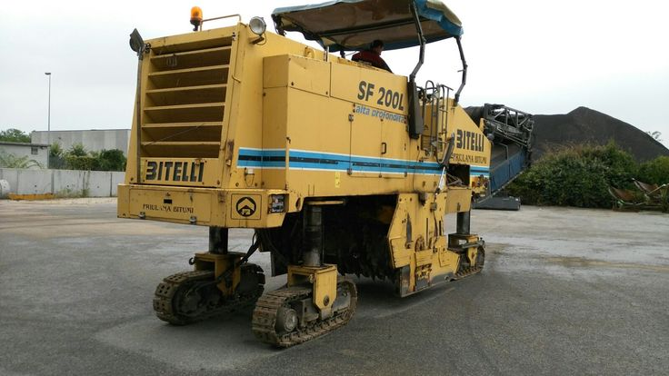 FoR SALE:  Asphalt cold milling machine Bitelli SF 200 L Year: 2000 Hrs: 5800 Engine manuf: Mercedes Benz Engine type: OM 442 LA Track/Tyres: 260 mm Engine power: 370 kW Cutting width: 2000 mm Cutting depth: 320 mm Displacement: 14,618 l Revolutions at max torque 2100 min-1 Operating speed: 30 m/min Speed: 4,5 km/h Equipment dimensions .l/w/h 14,48x2,0x3,95 m Orignal paint First owner  Perfect machine ready to work.