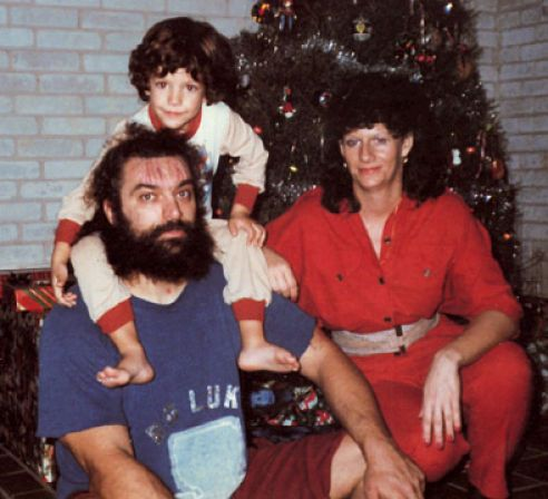 Classic picture of late legendary wrestler Bruiser Brody (Frank Goodish) with his wife Barbara Smith Goodish, and their son Geoffrey Dean Goodish. #WWE #WWEFamilies #RIP
