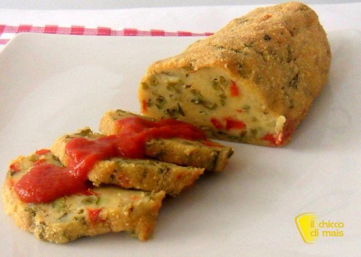 Polpettone di verdure (ricetta vegetariana). Ricetta facile del polpettone di verdure al forno con patate zucchine e peperoni accompagnato da salsa saporita