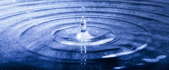 #USA #Shale: Water Is the New Oil http://oilprice.com/Energy/Crude-Oil/US-Shale-Water-Is-the-New-Oil.html?utm_content=buffera4b9d&utm_medium=social&utm_source=pinterest.com&utm_campaign=buffer  #energy #uk #oil #gas #oilandgas #fracking #alxcltd #evenort