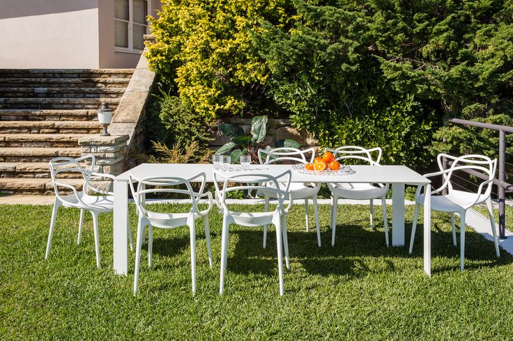 Kartell Masters dining chairs Kartell Four Outdoor table Kartell Jellies ta