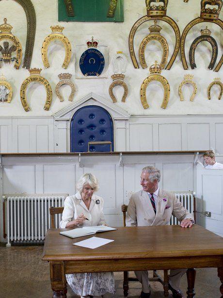 28. Juli 2014: Herzogin Camilla und Prinz Charles...                                                                                                                                                     Mehr