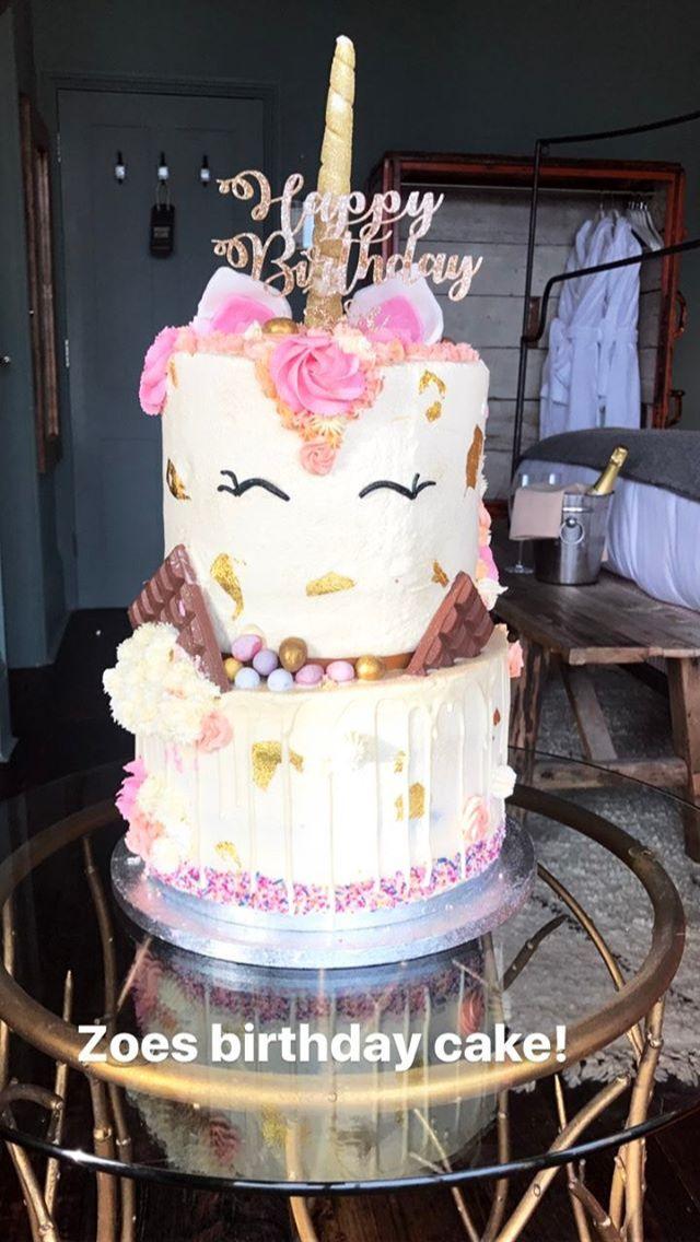 Zoellas birthday cake