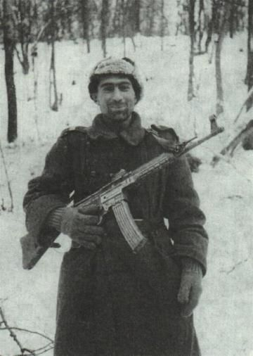 A sergeant of 18th infantry division with STG 44 -Romanian Army WW2